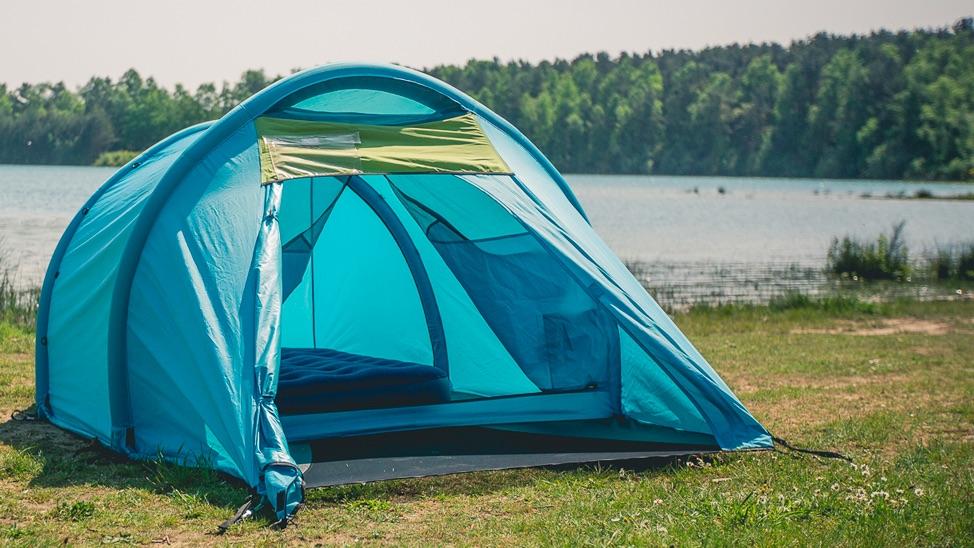 Nu kan du hyra ett uppställt tält på Bråvallas camping